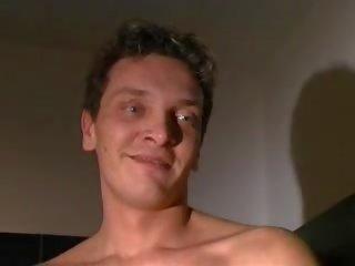 Pornó öntvény kanapé x