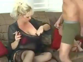 hatalmas cinege érett pornó nőnek nagy pénisz